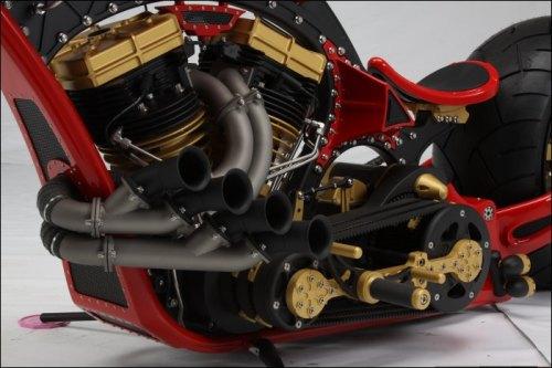 """Thunderstruck Custom Bikes (TCB) and the builder of """"Sniper"""","""